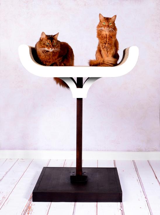 Design Kratzbaum cat-on Corneille in weiß