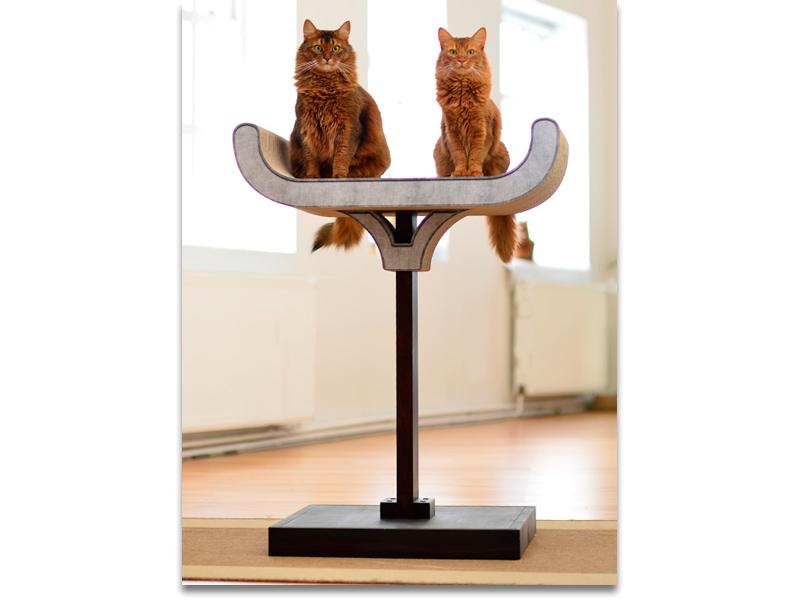 sculptural cat tree in wood and cardbord | premium cat tree Made in Germany