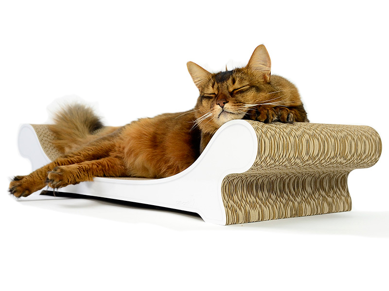 cardboard lounger and scratch post for cats Le Canapé