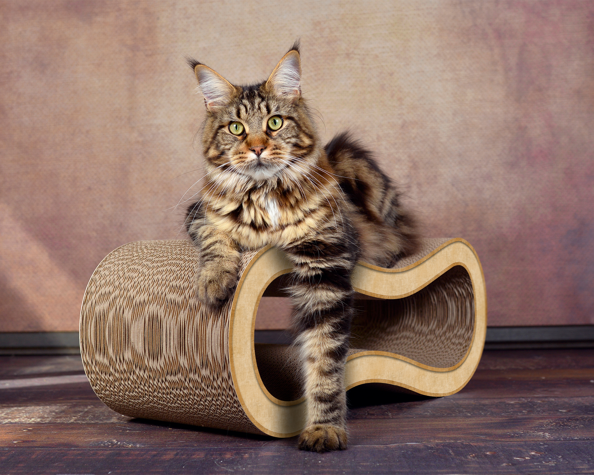 Luxury cat scratching post Singha M 100 % Made in Germany
