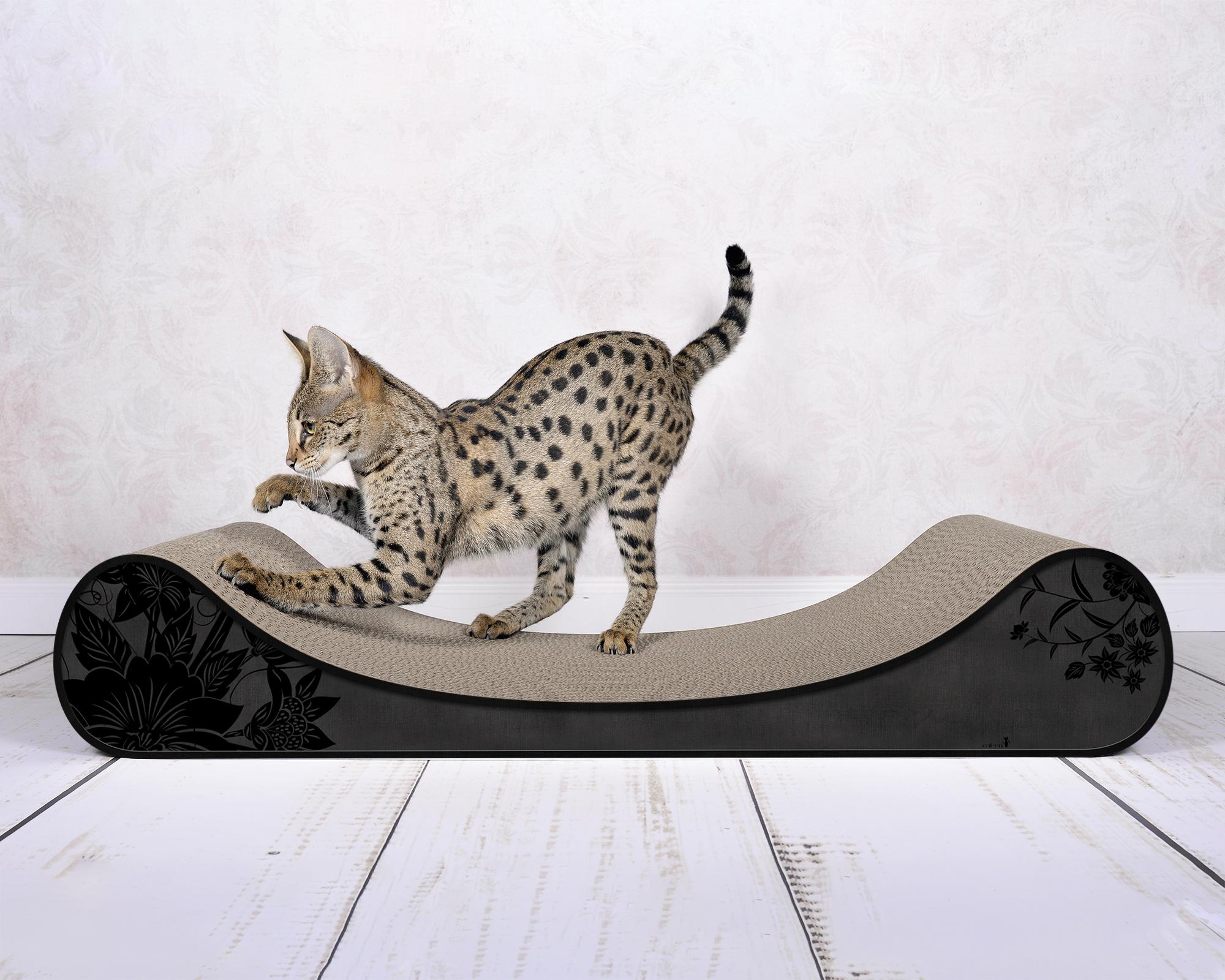 Le Divan cat scratch post