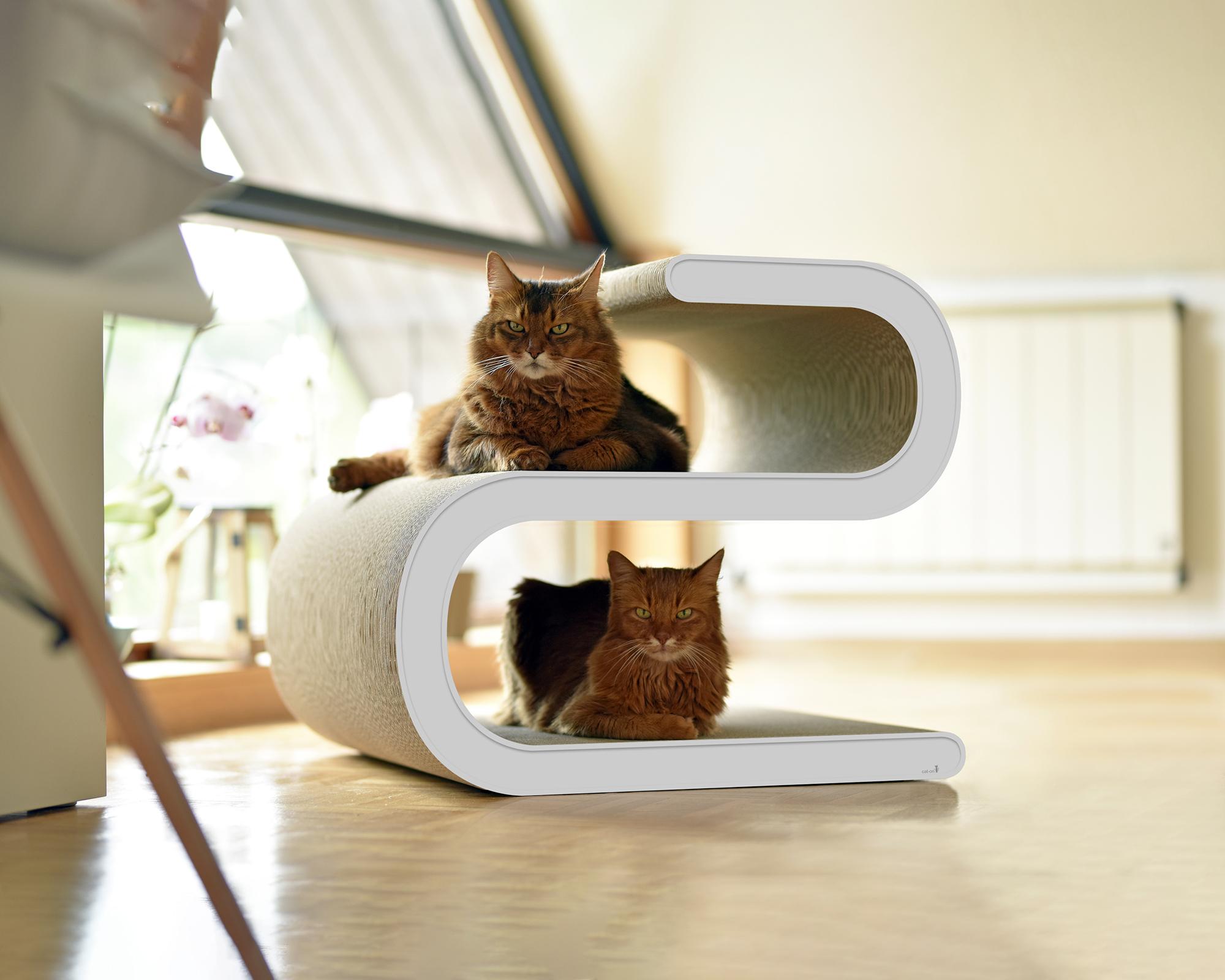 modern design cat scratch post Ligne S XL Handmade in Germany